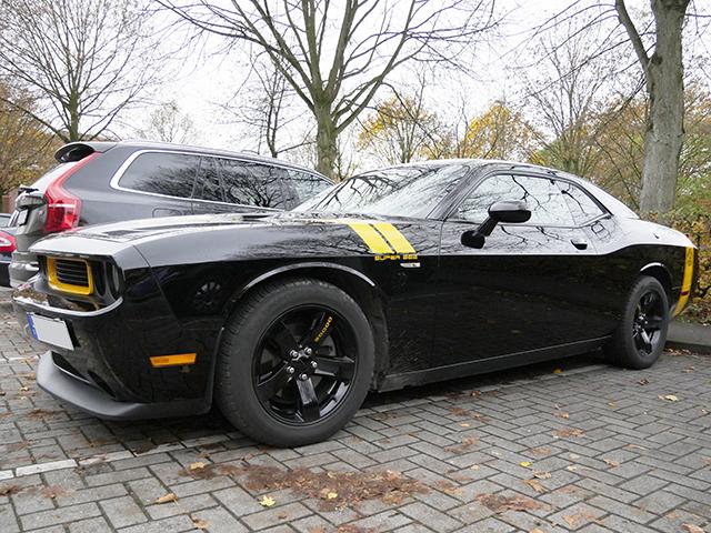 Dodge Challenger SuperBee