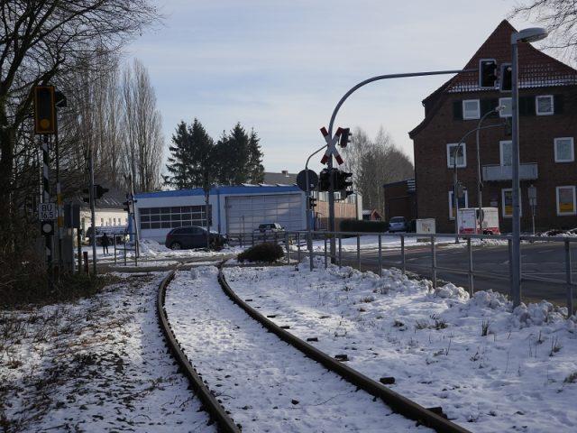 Zug kollidiert mit PKW