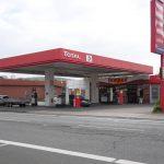 Bewaffnete Täter überfallen die Total-Tankstelle an der Münsterstrasse in Ibbenbüren